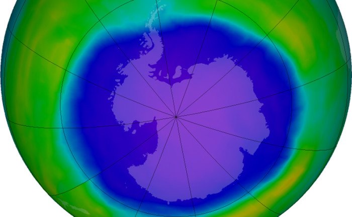 Ozone-Hole-10-2-15-NASA-Article-700x433
